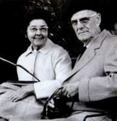 Gilmore and Golda Reynolds