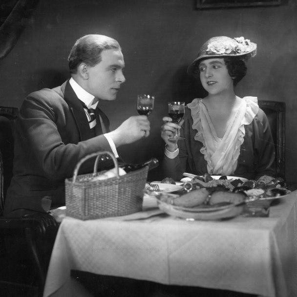Paul Hartmann and Hella Moja in Des Lebens Wuerfelspiel, 1925